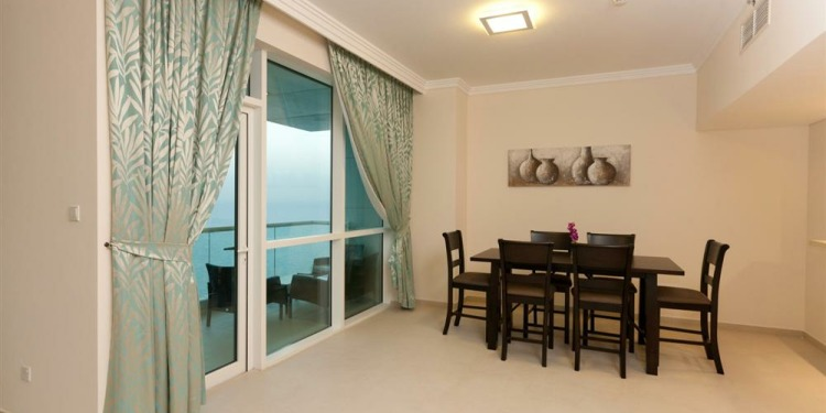 3-bedroom Apartment Dubai Dubai Marina with kitchen for 6 persons