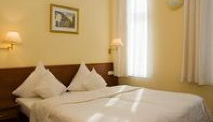 HOTEL ANDĚL Praha - Zweibettzimmer