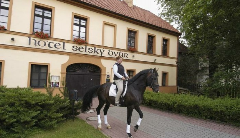 Hotel Selský Dvůr – Sivek Hotels Praha