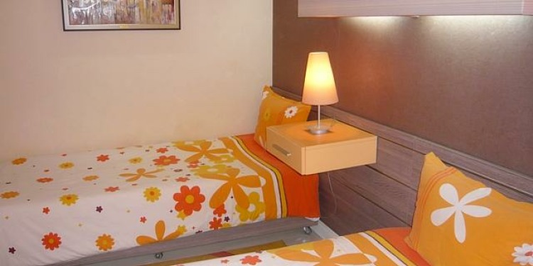 2-bedroom Apartment Sofia Triaditsa with kitchen for 5 persons