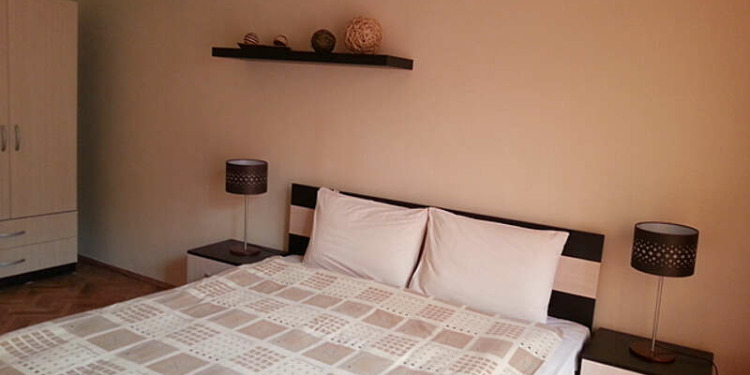 2-bedroom Sofia Triaditsa with kitchen for 3 persons