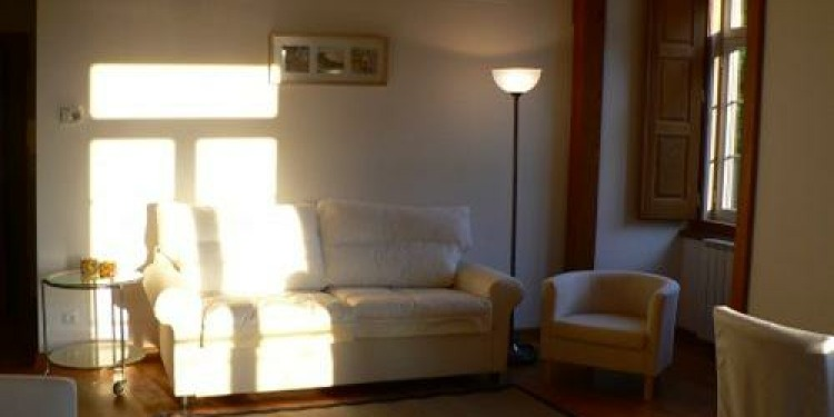 1-bedroom Apartment Lisboa Santa Catarina with kitchen for 4 persons