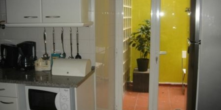 1-bedroom Apartment Lisboa Santa Catarina with kitchen for 6 persons