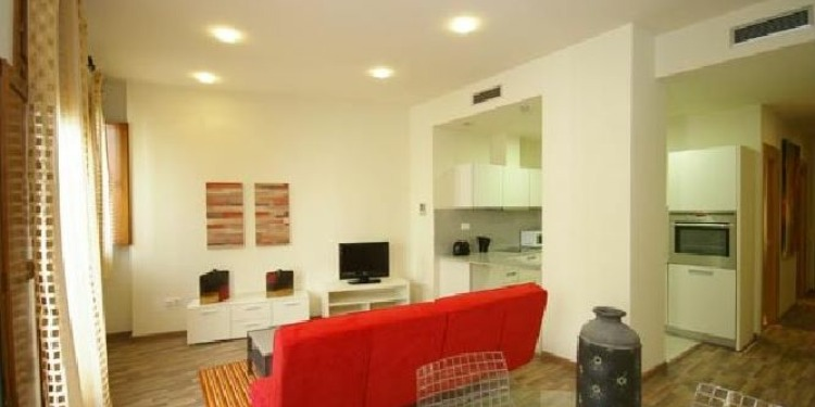 5-bedroom Valencia El Carme with kitchen for 4 persons