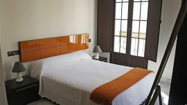 Apartment Calle Lumbreras Sevilla - Apt 28139