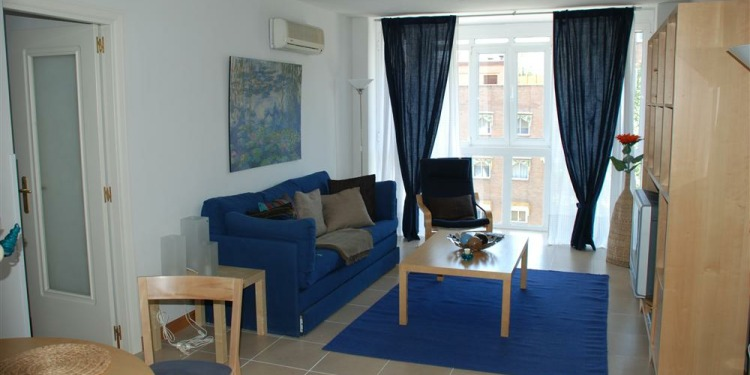 2-bedroom Madrid Downtown with kitchen for 6 persons