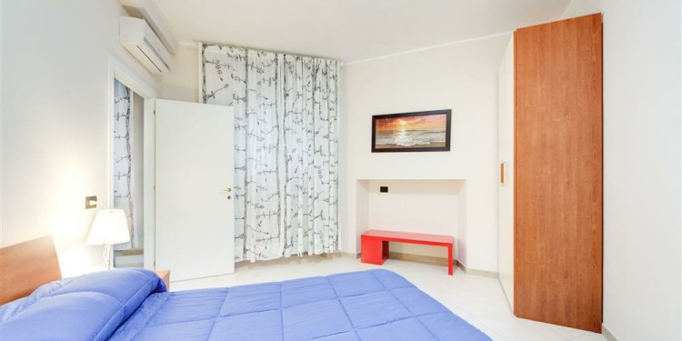 1-bedroom Roma Appio-Latino with kitchen for 4 persons