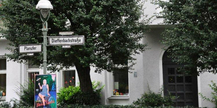 Studio Berlin Kreuzberg with kitchen for 2 persons
