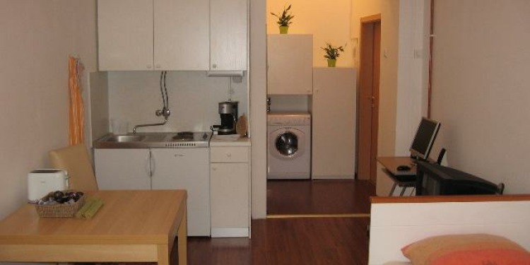 Studio Zagreb with kitchen for 2 persons