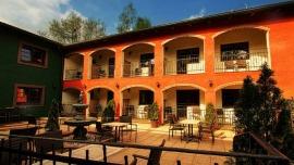 Hotel & Steak House HACIENDA La Bodega Frýdek-Místek - Apartmán de Luxe + balkón