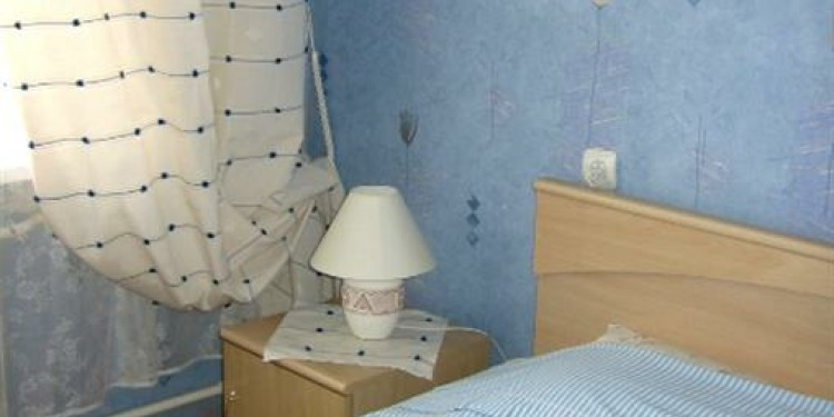 2-bedroom Sankt-Peterburg Tsentralnyy rayon with kitchen for 5 persons