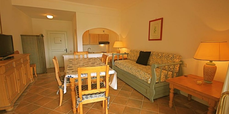 3-bedroom Sardinia Liscia di Vacca with kitchen for 6 persons