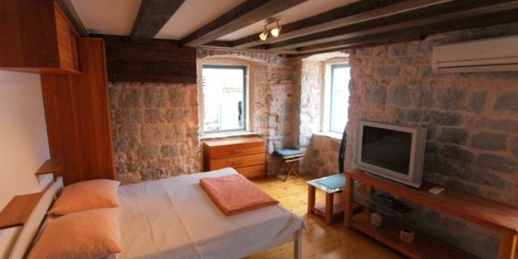 Studio Apartment Split with kitchen for 2 persons