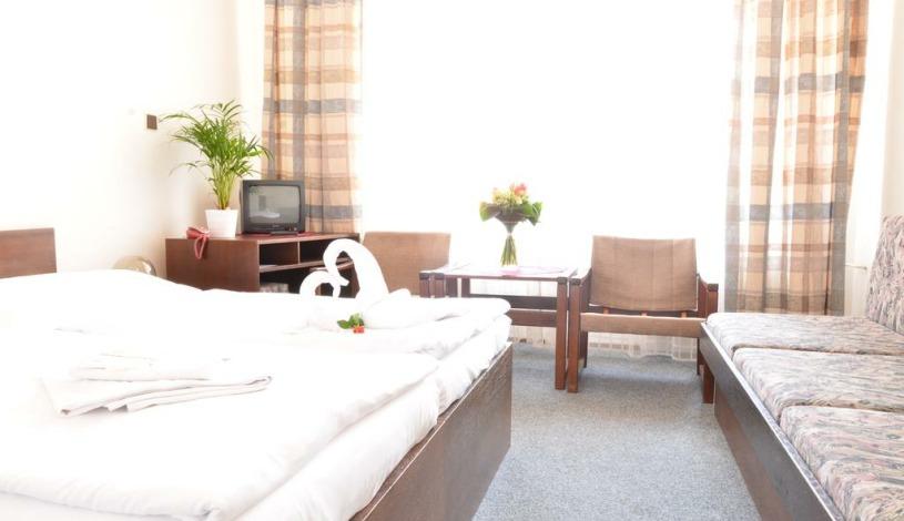 Hotel Ostaš Praha - Triple room