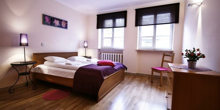 3-bedroom Apartment Warszawa Śródmieście with kitchen for 5 persons