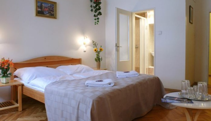 Pension Prague City Praha - Двухместный номер, Трехместный номер, Четыре местная комната
