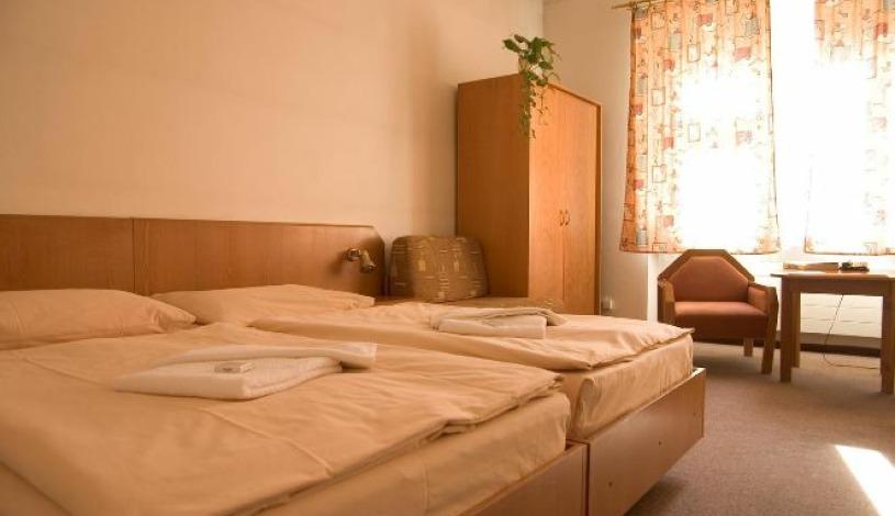 Hotel Prokopka Praha - Zweibettzimmer Standard, Dreibettzimmer Standard, Zweibettzimmer (ohne Bad und WC), Dreibettzimmer (ohne Bad und WC)