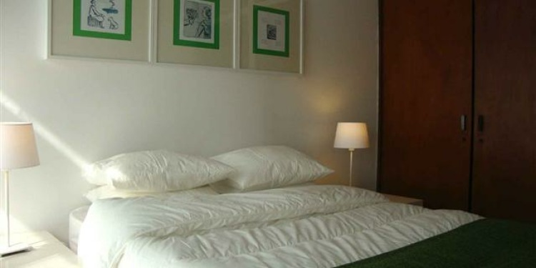 3-bedroom Porto Bonfim with kitchen for 6 persons