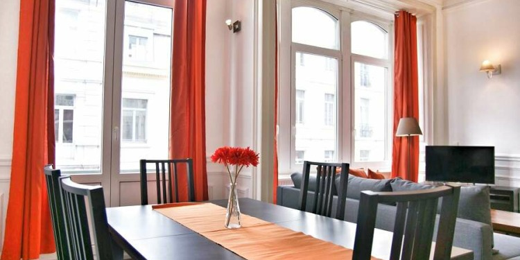 3-bedroom Apartment Brussel Brussels City Centre with-balcony and with kitchen