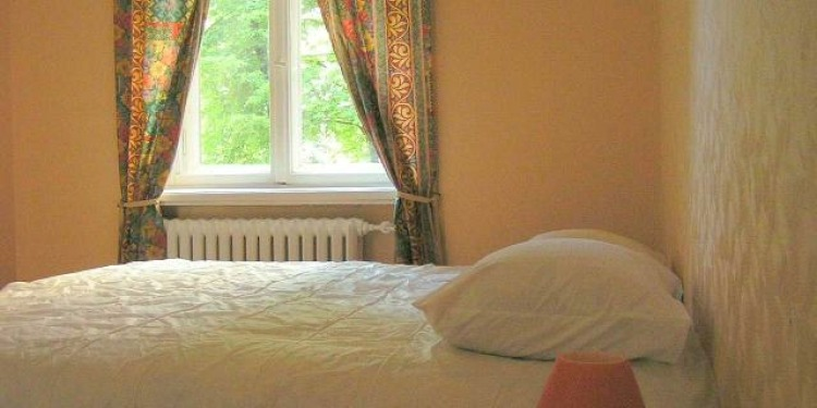 3-bedroom Riga Centrs with kitchen and with parking