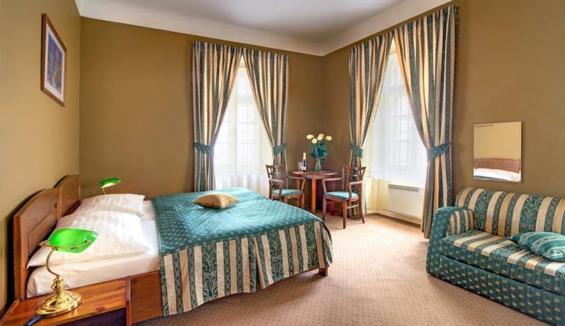 Hotel U Schnellu Praha - Dreibettzimmer