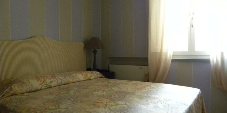 1-bedroom Apartment Lucca with kitchen for 4 persons