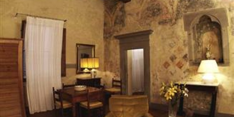 2-bedroom Apartment Firenze Santo Spirito with kitchen for 6 persons