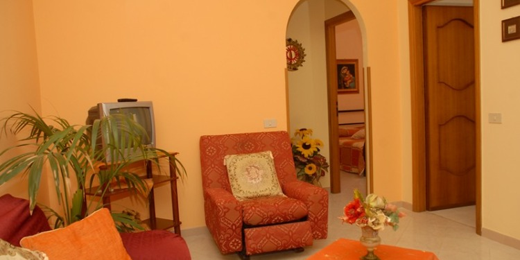 2-bedroom Sicilia Balestrate-foce with kitchen for 8 persons