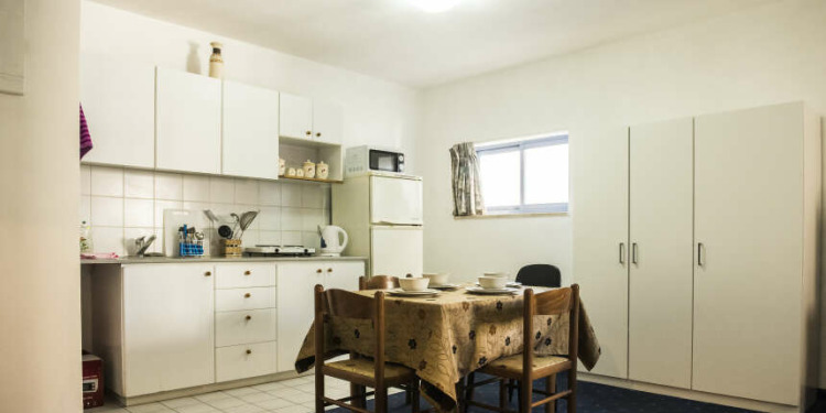 1-bedroom Jerusalem with kitchen for 4 persons
